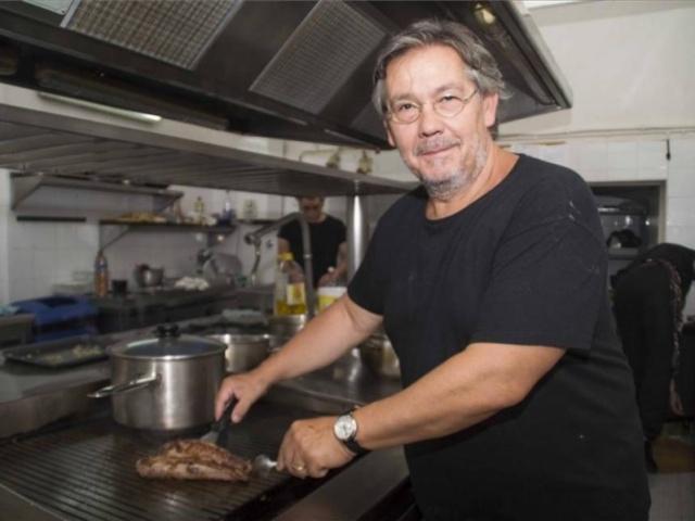 La Asociación de Cocineros y Reposteros de Extremadura elige a César Ráez como presidente